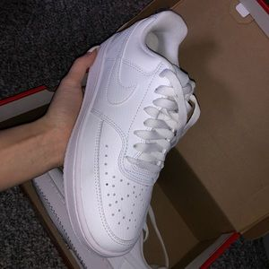 Women's nike court vision low